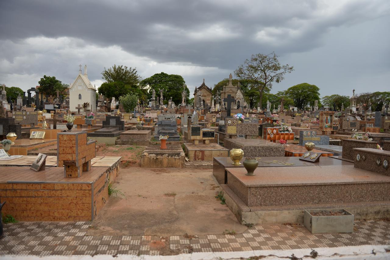 Fiscalização estará nos cemitérios de Limeira para orientar os visitantes