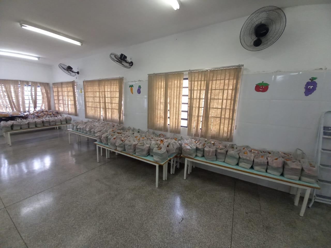 Prefeitura de Limeira realiza nova entrega de kits pedagógicos e de alimentação