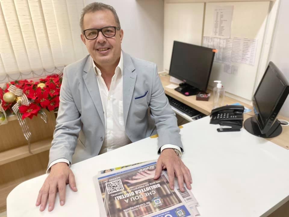 Conheça o Secretário de Administração: Marco Antonio Nascimento