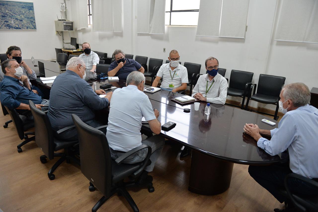 Comissão se reúne com BRK e prefeito de Limeira quer solução rápida para falta de água