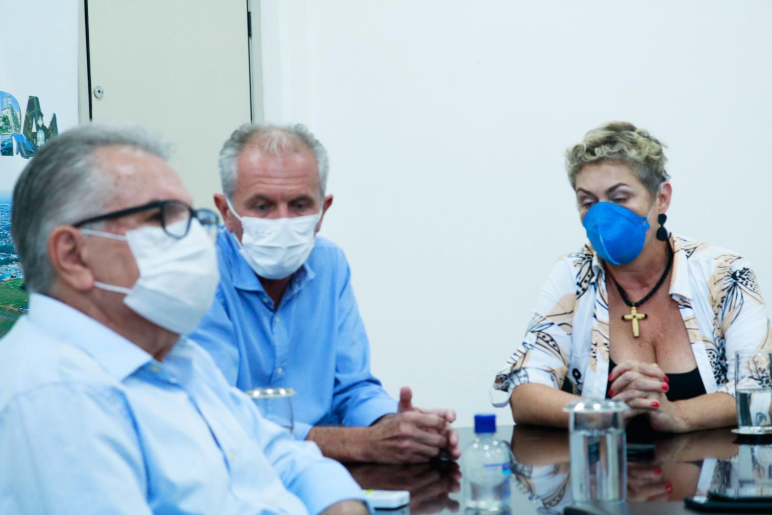 Reunião virtual com vereadores de Limeira esclarece dúvidas sobre vacinação