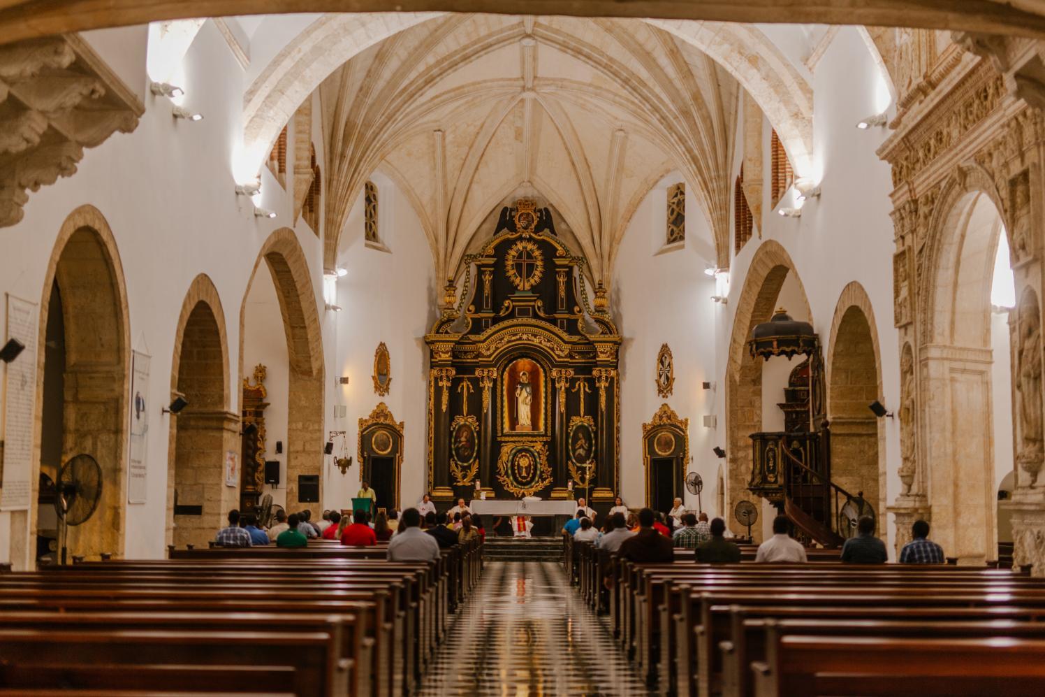 Governo de SP disponibiliza protocolos para funcionamento de igrejas, templos e estabelecimentos religiosos