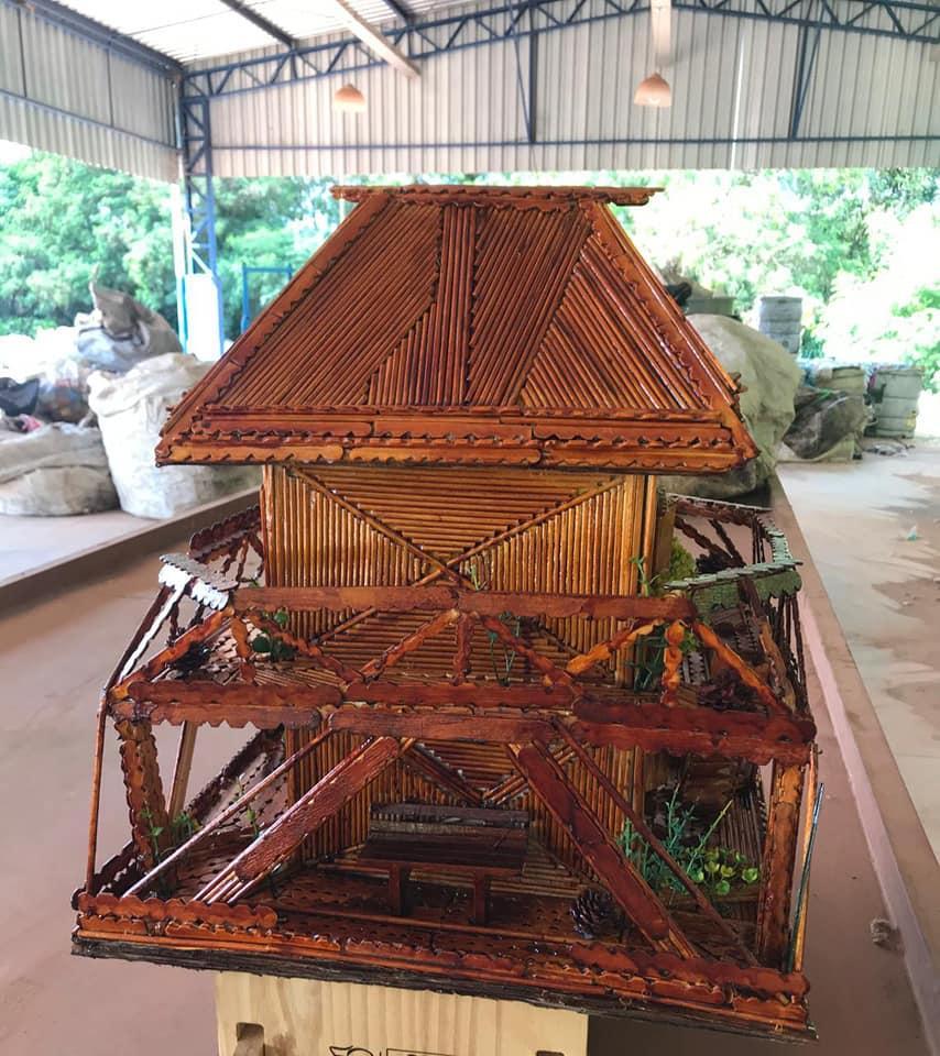 Coletores de Cordeirópolis usam a criatividade com o aproveitamento de materiais recicláveis