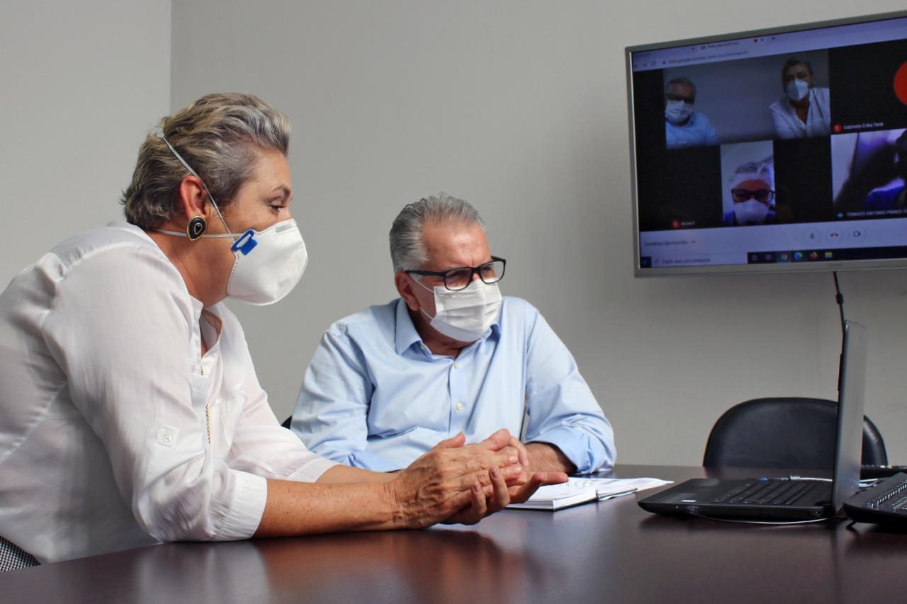 Câncer colorretal é tema de reunião entre prefeitura de Limeira e especialistas