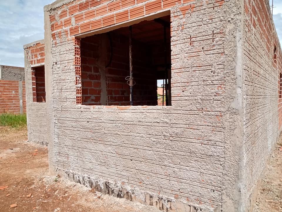 Programa Meu Pedaço de Chão em Cordeirópolis recebe doação de pisos e revestimentos