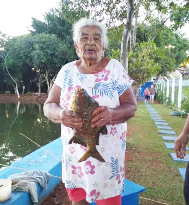 Fica denominada de Iracema Maria Rosa a área de convivência do Lago União