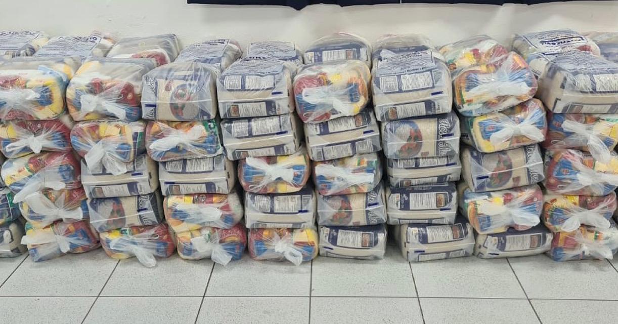 Garcia Terraplenagem doa duas toneladas de alimentos