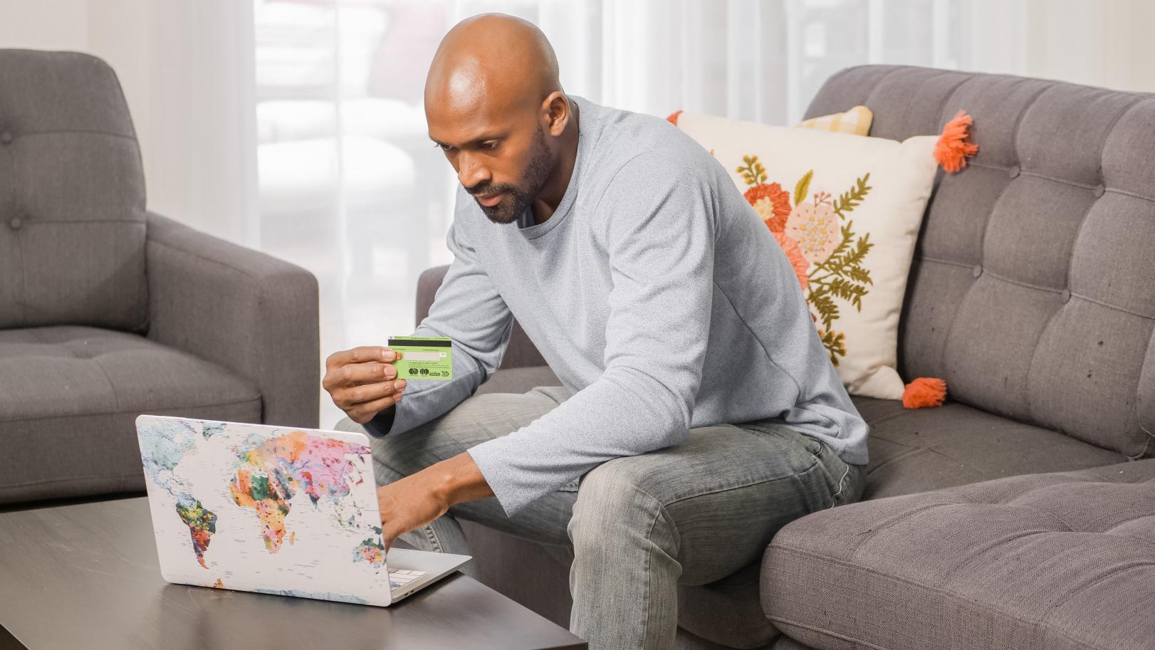 Consumidor de pequenos negócios pretende gastar até R$ 99 com presente do Dia das Mães