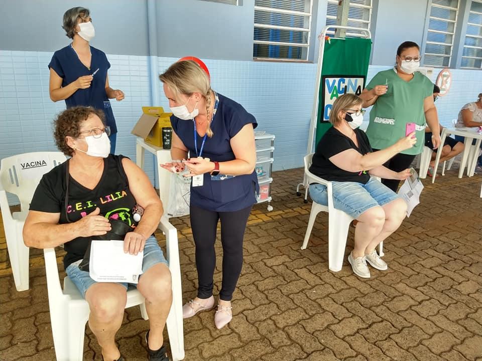 Cadastro do VacinaJá Educação para a terceira fase de imunização está aberto