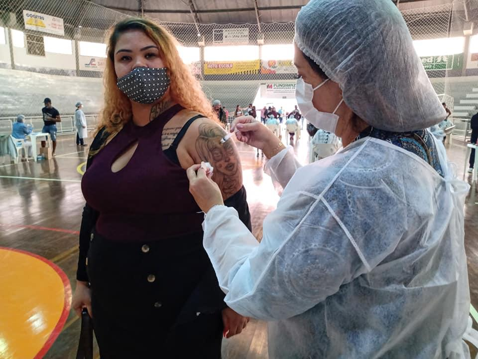 Mais de mil doses aplicadas no mutirão em Cordeirópolis