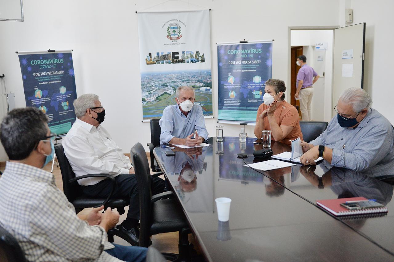 Prefeito de Limeira comanda reunião de comissão sobre crise hídrica