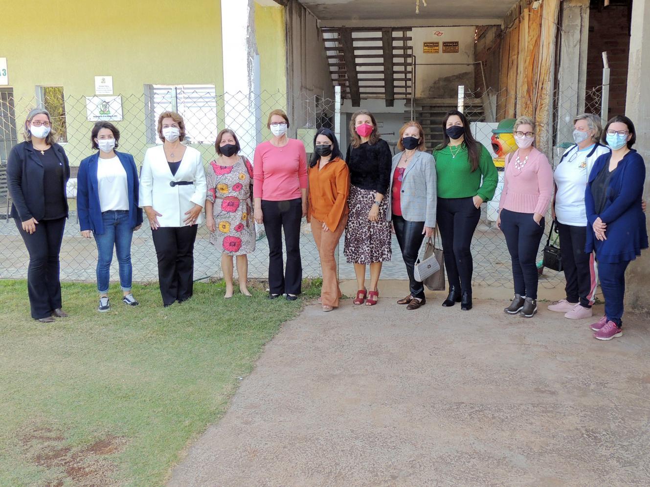 CME da ACIL realiza visita ao Lar Uma Nova Esperança