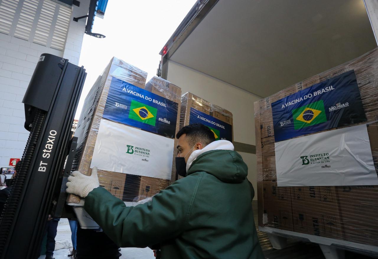 Governo de SP chega a 4,2 milhões de doses da vacina do Butantan entregues na última semana