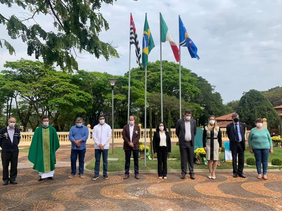Inauguração do monumento Gemellaggio e a revitalização da praça da Matriz de Nossa Senhora da Assunção