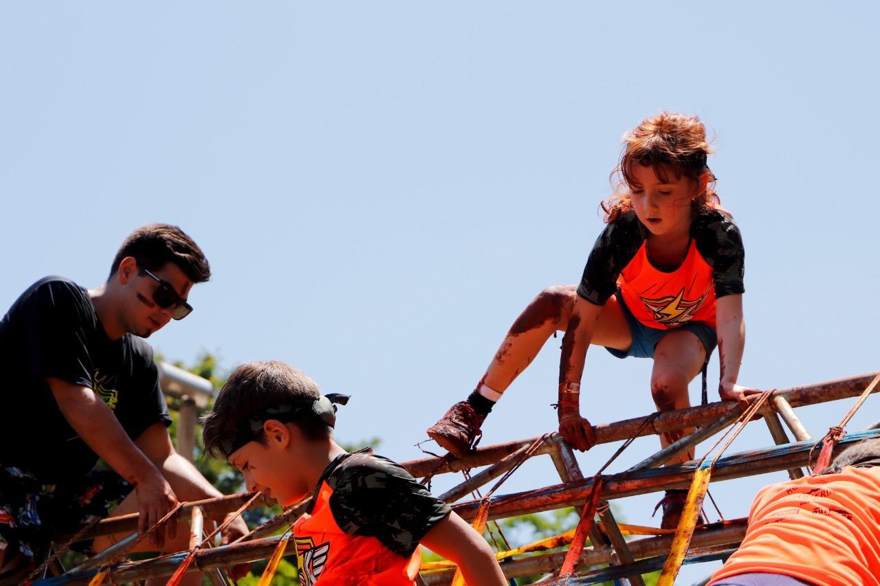 Limeira Shopping recebe corrida de obstáculos para celebrar o mês das crianças