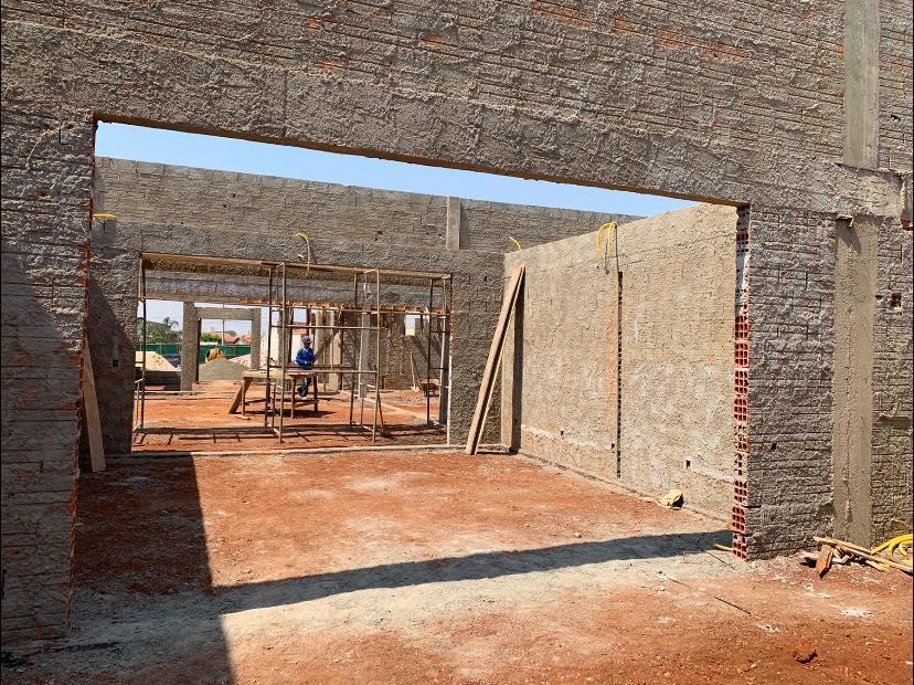Construção do novo Centro de Educação Infantil no Jardim Lise segue a todo vapor