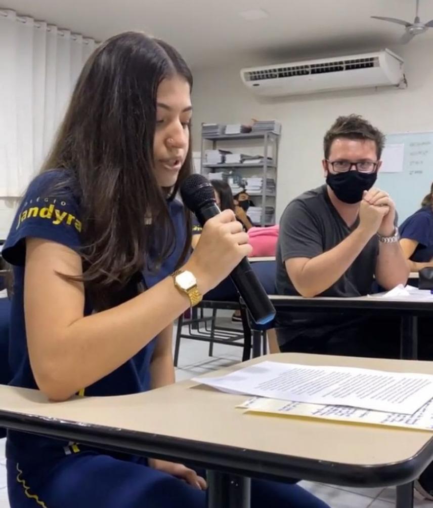 Ganhador do Nobel de Física é entrevistado por alunos do Jandyra