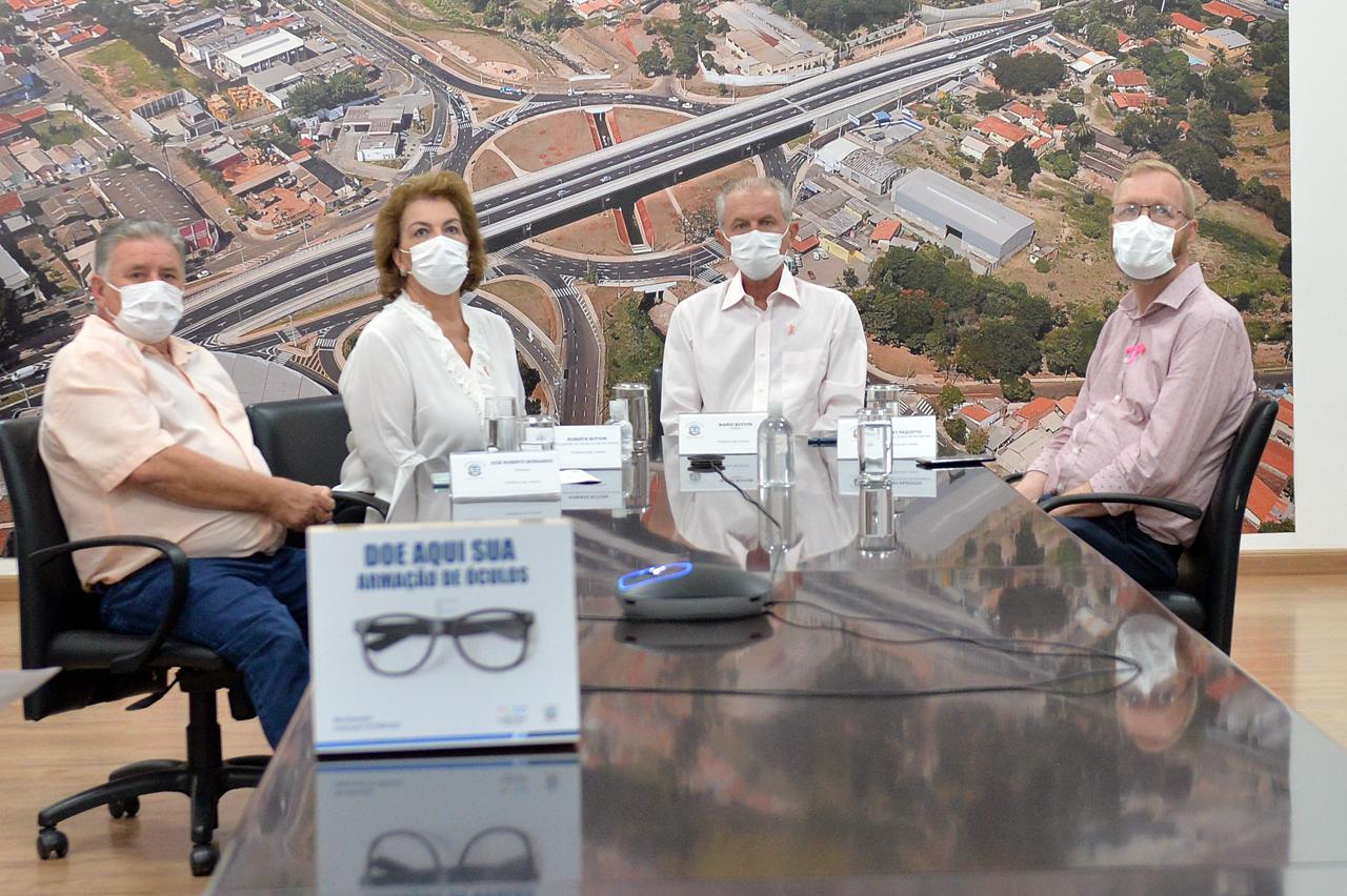Prefeitura de Limeira e Fundo Social lançam campanha que arrecada armação de óculos